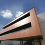Nowoczesne rozwiązanie dla fasad wentylowanych – płyty z wełny skalnej VENTI MAX