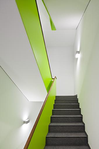 Zastosowanie systemu Tronsole w obiekcie Upper East. Fot. Daniel Vieser Architekturfotografie