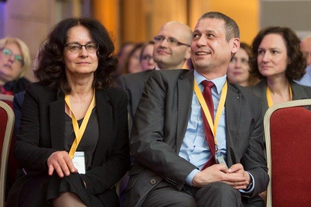 IV Międzynarodowa Konferencja ETICS. Na fot. Anna Wilczewska i Jaromir Grabowski, Główny Urząd Nadzoru Budowlanego. Fot. SSO